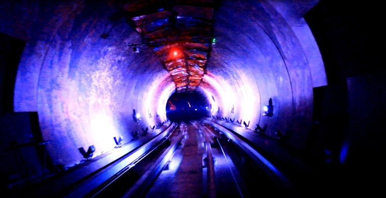 Tunnel Bund2
