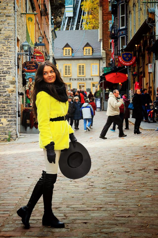 Quebec, colorat si plin de viata, multi oameni pe strazi, multe magazine si restaurante, cantareti pe strada, terase romantice si o atmosfera dementiala!