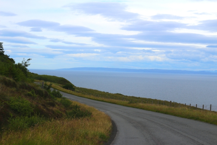Drum de coasta, in nordul Insulei Skye
