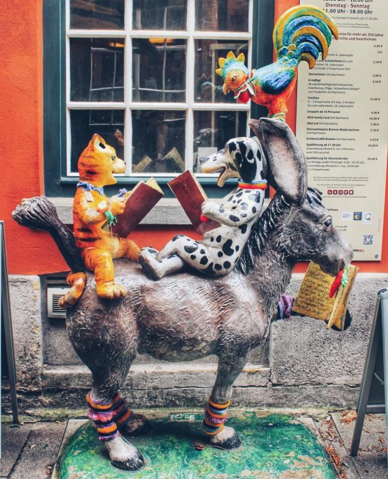 Muzicantii din Bremen (statuia originala nu am apucat sa o pozam)