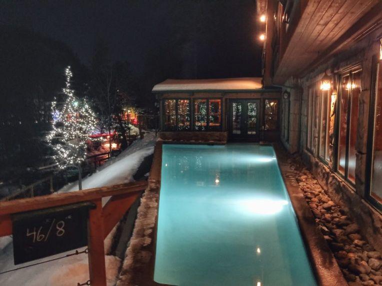 Tratamentul rece in piscina cu apa la 8 grade Celsius