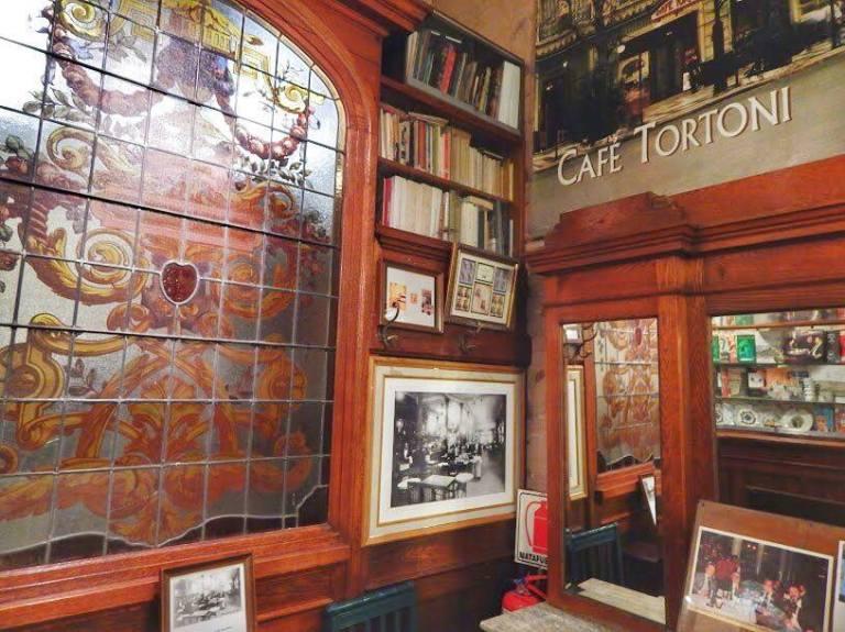 18 Cafe Tortoni 4_2