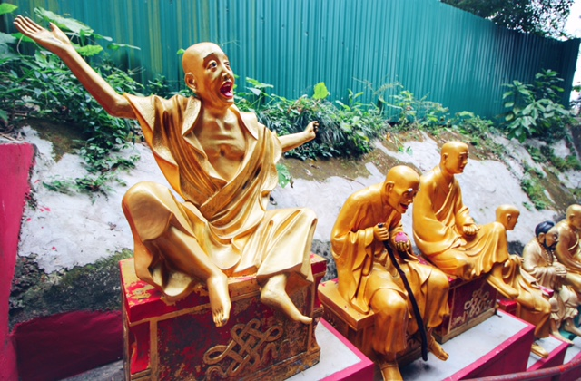 Ten Thousand Buddhas_4
