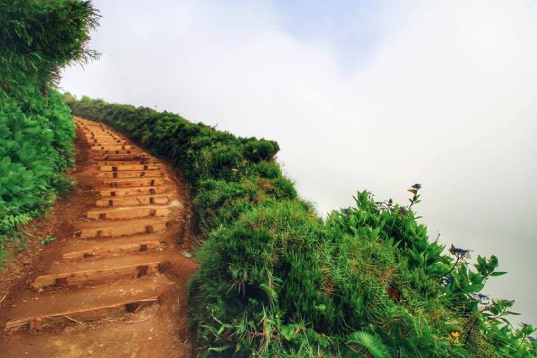 Azores Sao Miguel Miradouro da Grota de Inferno 3