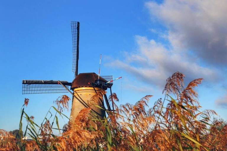 kinderdijk-the-netherlands-windmills-1