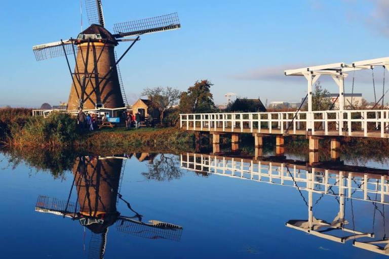 kinderdijk-the-netherlands-windmills-4