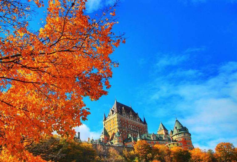 quebec_chateau-frontenac_leaf-peeping