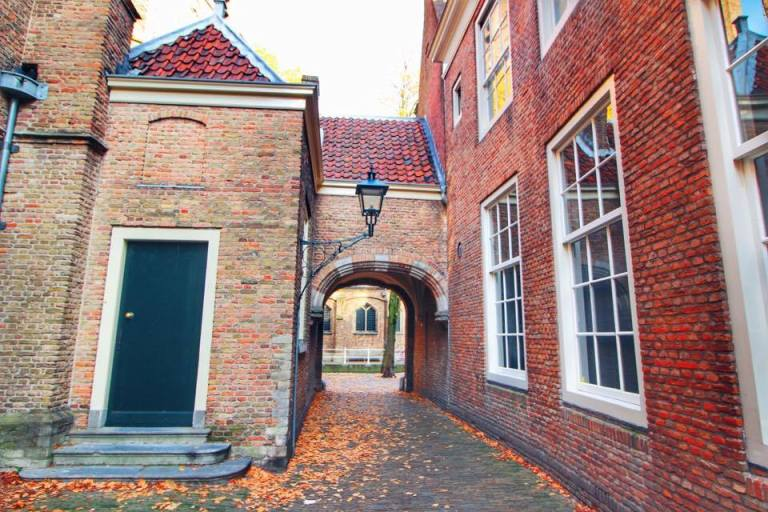 delft-the-netherlands-20