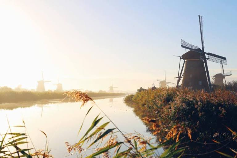kinderdijk-the-netherlands-windmills-10