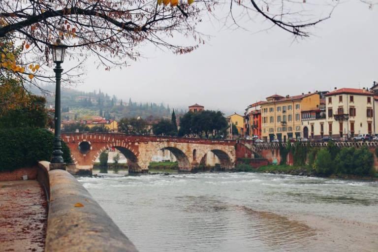 verona_ponte-pietra-7