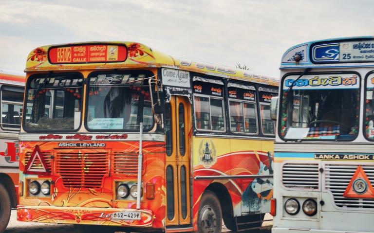 galle-sri-lanka_bus-station_3
