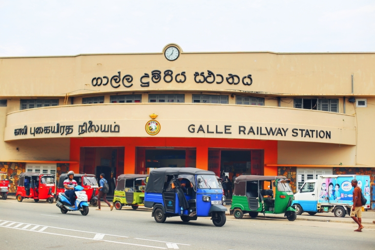 galle_train-station_1