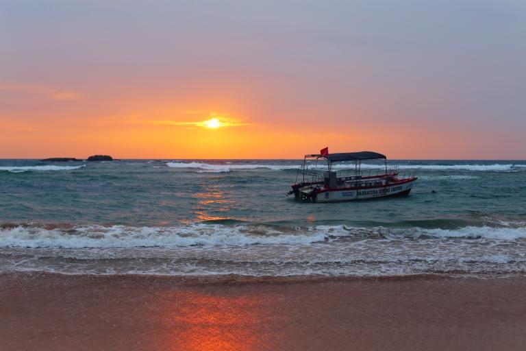 hikkaduwa_sunset_sri-lanka