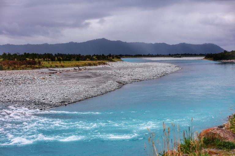 New Zealand_blue lakes_1