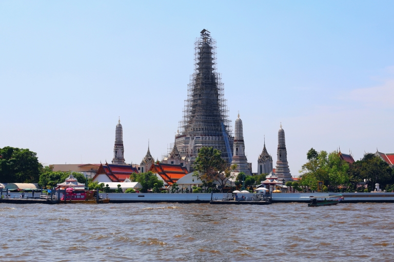 Wat Arun Temple_Bangkok_Thailand_1