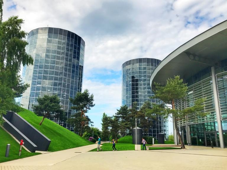 Wolfsburg_Autostadt_Germany_9