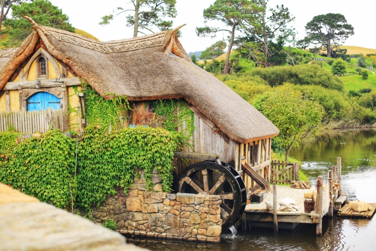 Hobbiton_Dragon Inn_4.JPG