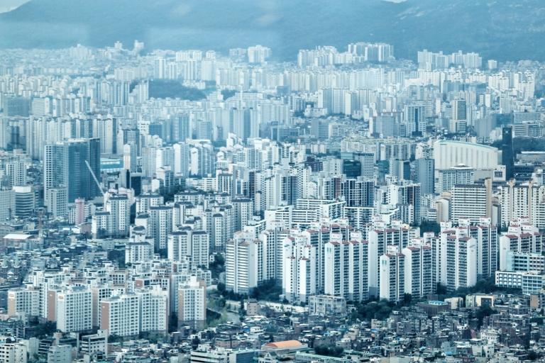 Namsan Tower_Seoul_South Korea_3