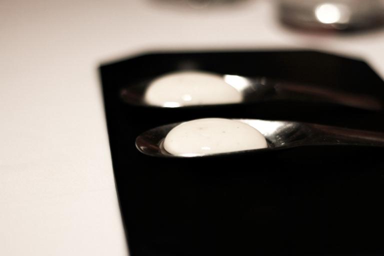 gaggan-yogurt-explosion-sigature-dish