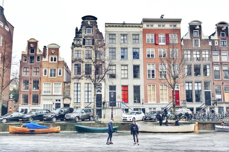 Amsterdam Frozen Canals_10