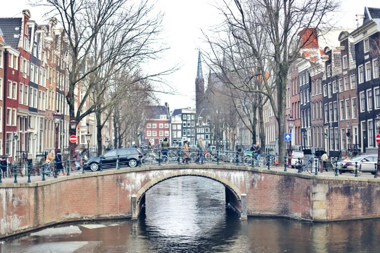 Amsterdam Frozen Canals_11