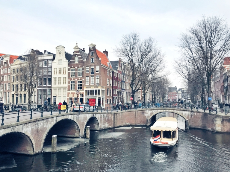 Amsterdam Frozen Canals_4