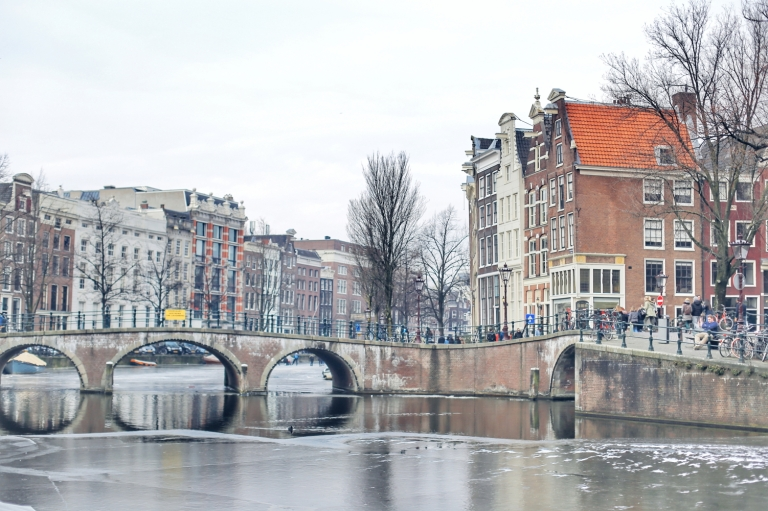 Amsterdam Frozen Canals_7