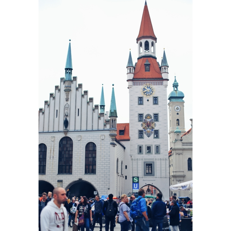 Marienplaz_Munich_Germany_5