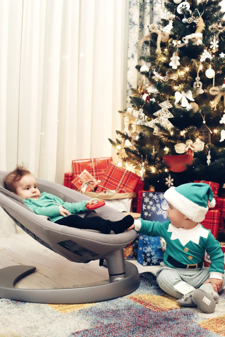First Christmas in Three_6