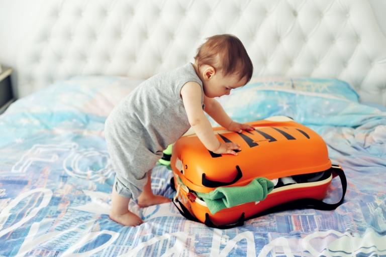 Lufthansa_Baby Suitcase_12