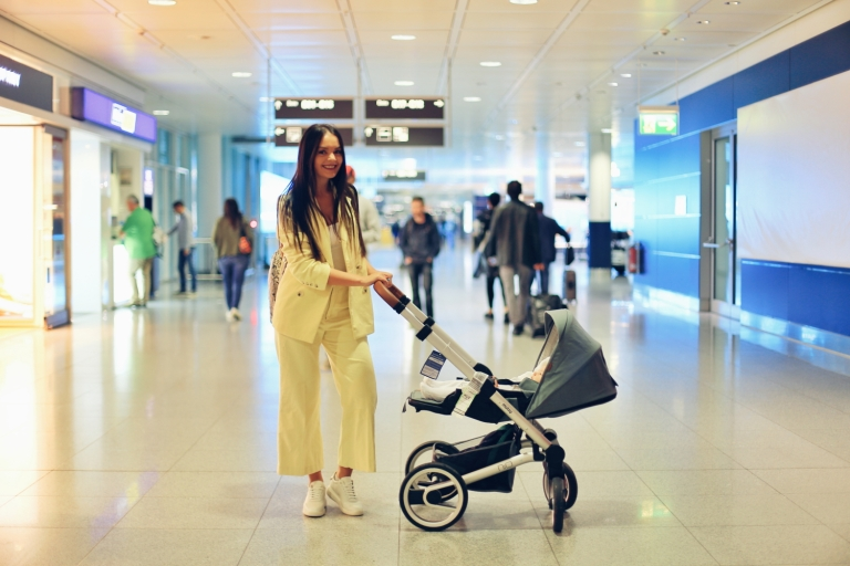 Lufthansa_Baby Suitcase_13