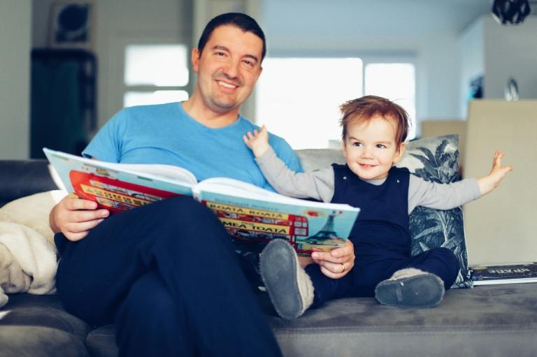32_Home Activities_Reading